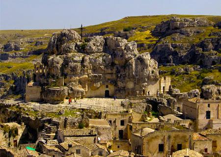 città_dei_sassi_idris_storia_capitale_europea_della_cultura_informazioni_turistiche_visite_guidate