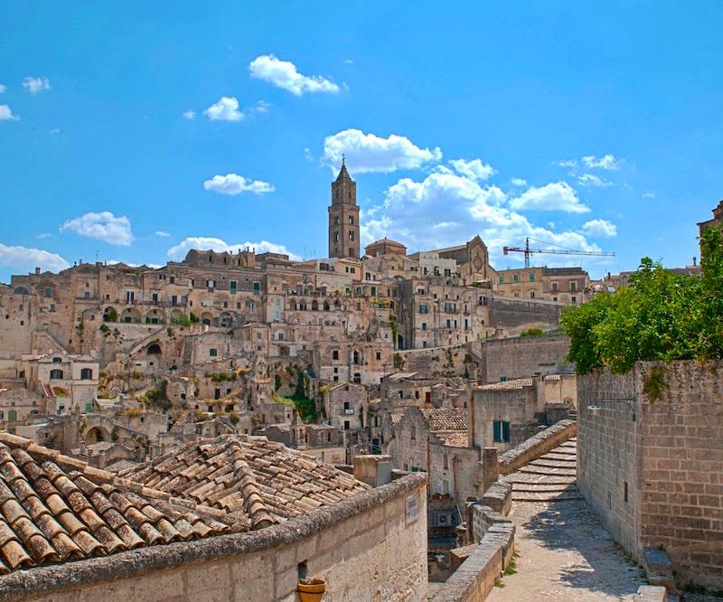 trasferimenti_sassi_matera_interno_treno_città_dei_sassi_esclusivo_informazioni_turistiche_altieri_viaggi